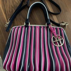 Hugo Boss acordeon leather crossbody bag